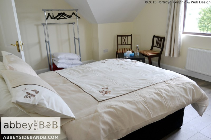 Abbeyside_BB_Triple_Room_with_Private_Bathroom_2