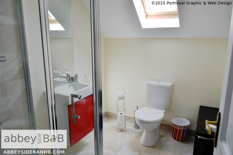 Abbeyside_BB_Family_Room_with_Private_Bathroom_6