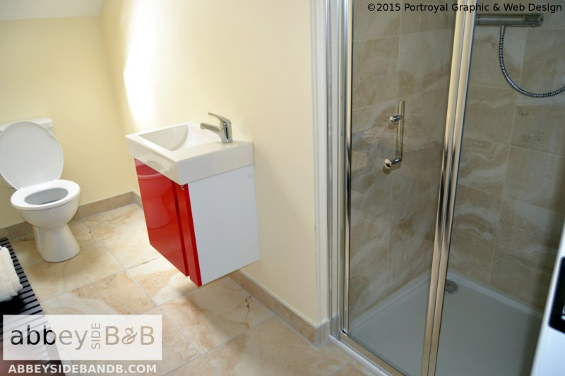 Abbeyside_BB_Triple_Room_with_Private_Bathroom_8