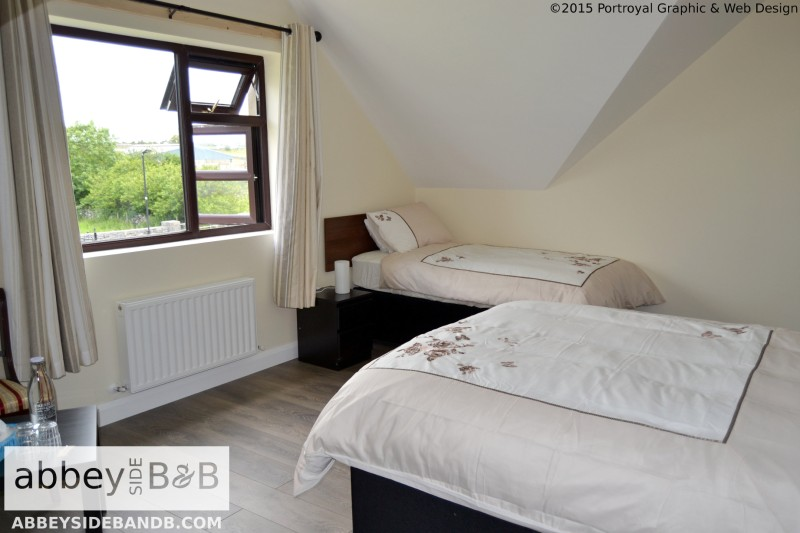Abbeyside_BB_Triple_Room_with_Private_Bathroom_1